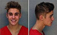 10 presenter till den som älskar, eller hatar, Justin Bieber