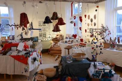 Foto från Partille hemslöjd- och konsthantverksförenings julmarknad