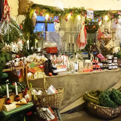 Foto från Julmarknad i Folkets Park i Tibro