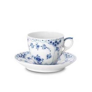 Klassisk kaffekopp med fat