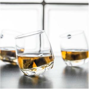 Whiskyglas med rundad botten