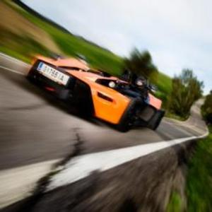 Kör supersportbilen KTM X-bow