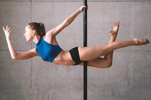 Prova på Pole dance