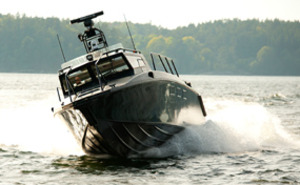 Stridsbåtsightseeing för två