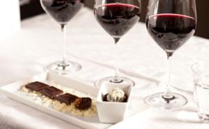 Choklad- & vinprovning för två