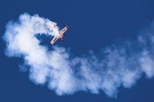 flygupplevelse aerobaticflygning